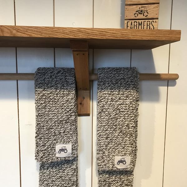 FARMERS' scarves