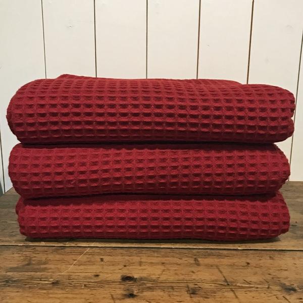 FARMERS' red waffle blanket
